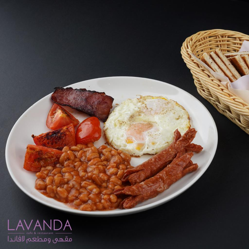 American Breakfast - Fried egg,Sausage, Red beans,Bacon, Grill tomato